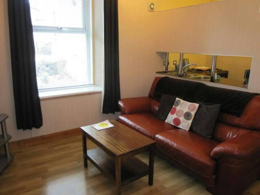 1 bedroom flat central aberdeen
