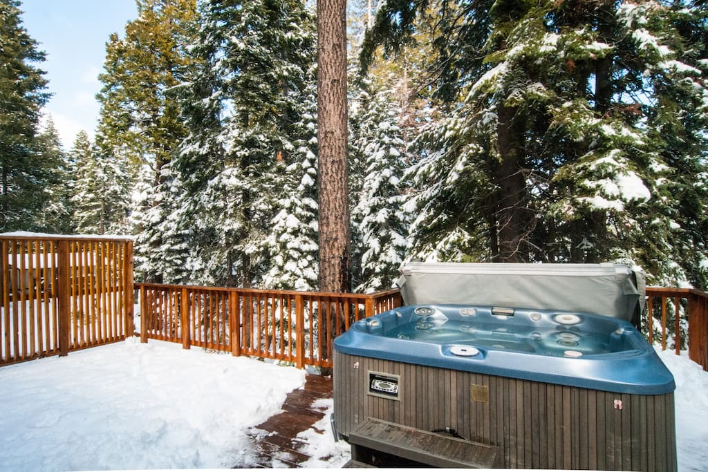 Outside Deck with 8 person Hot Tub