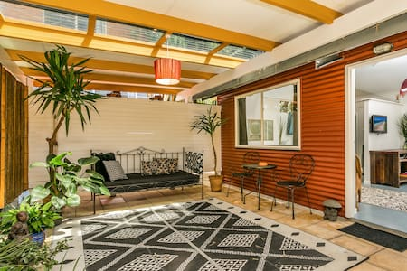 Byron Studio9 self contained studio close to town - Byron Bay - Cabane