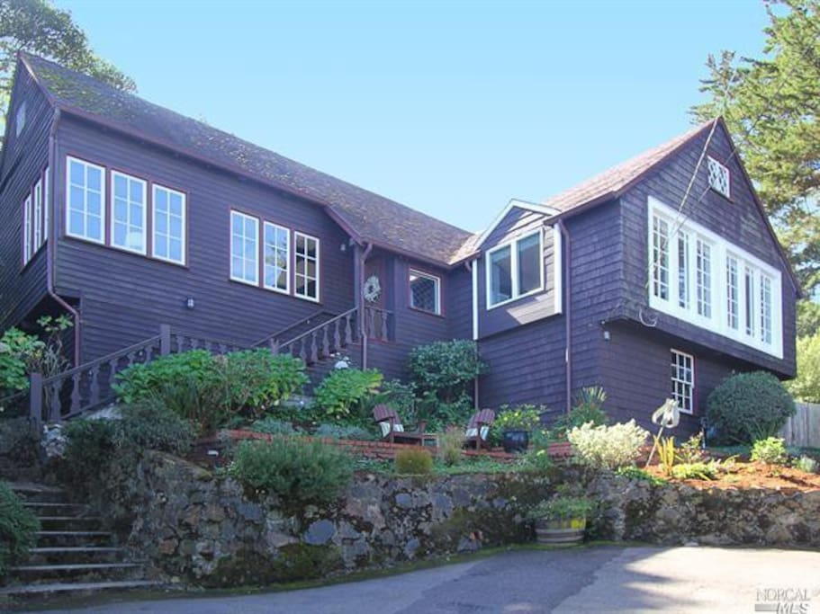 A Storybook home at the top of the hill.  Off street covered parking for 2 cars.
