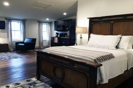 Suite for 2 with Hudson River View - Flat
