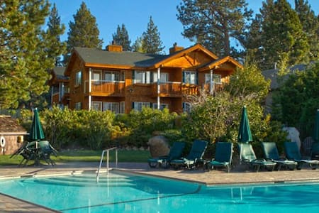 Red Wolf Lakeside Lodge: 1 Bedroom - Tahoe Vista