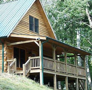 A Mountain Dream Cabin Stay - Blockhütte