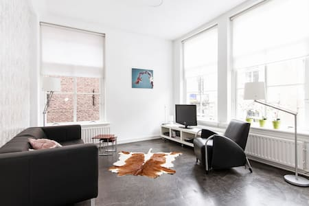 Bright spacious apartment; Loft  73