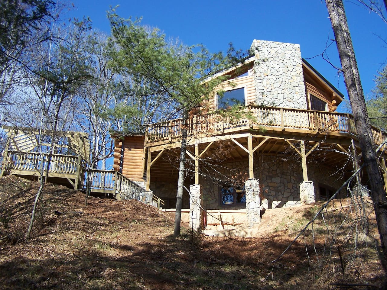 Tatonka Lodge ...enjoy family time making memories around the fire & in the hot tub!