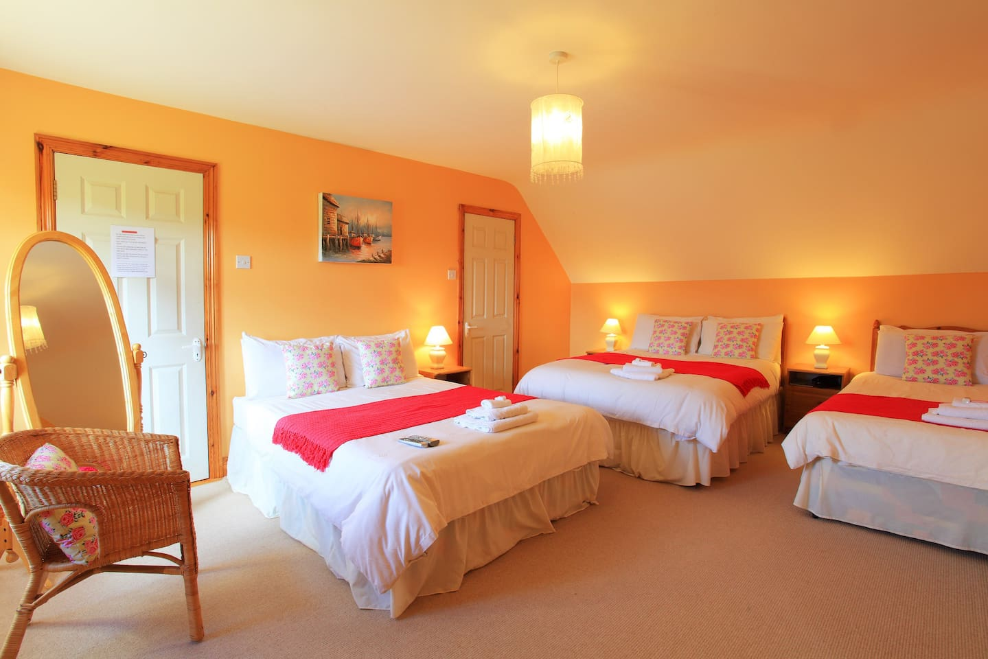 Large Room suitable for up to 5 persons