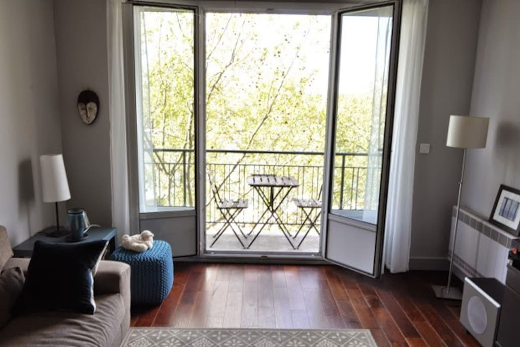 French doors to balcony.