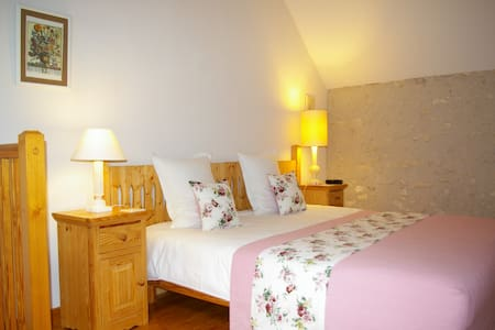 La source de Bury, Family room - Bed & Breakfast