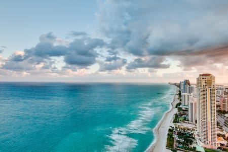 Luxury 2/2 condo with an amazing view on the Bay ! - Sunny Isles Beach - Wohnung