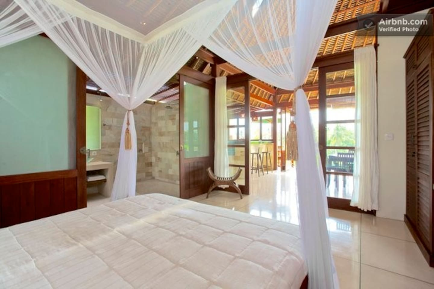 Bali Harmony Villas - Ubud - Beautiful open living in Villa Sungai