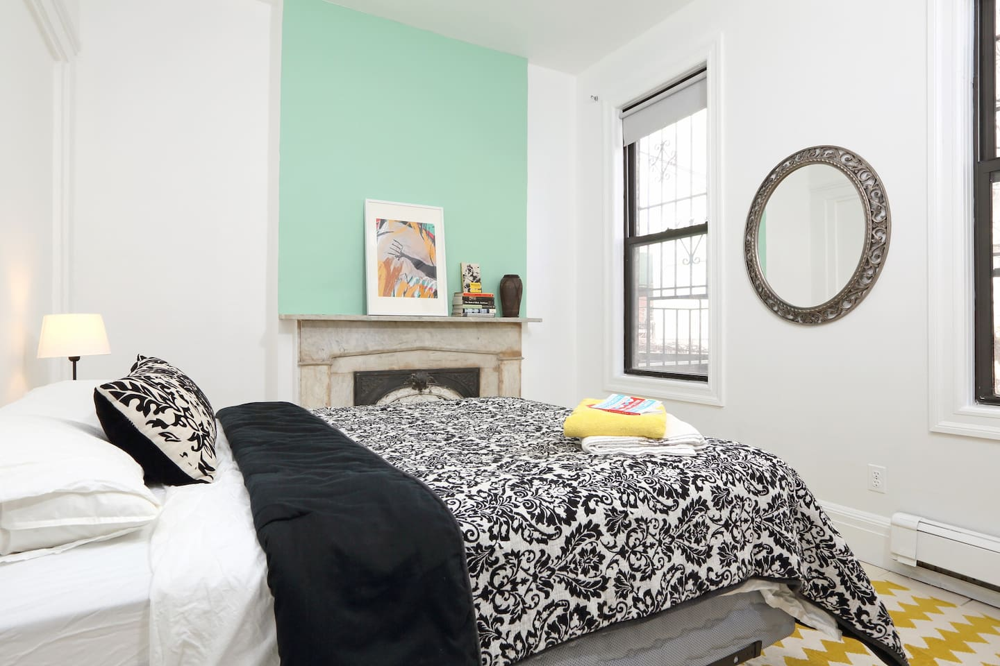 Beautiful room off Bedford ave.
