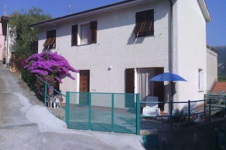 Casa in antico borgo  - Talo