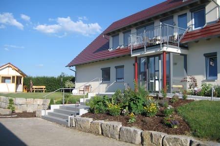"""""""Landhaus Rothenburg"""" 4**** und 5*****Sterne - Talo"""