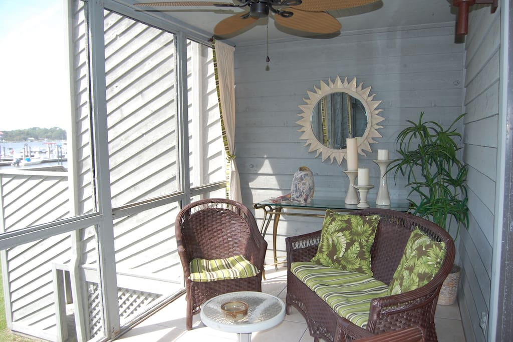 Folly Beach Condo near Charleston