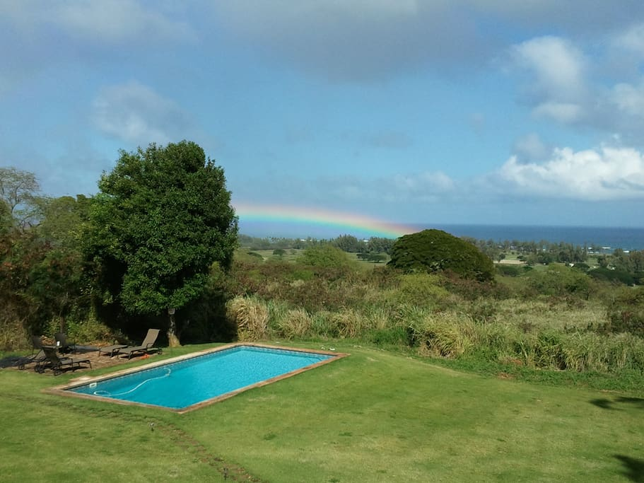Wall to Wall Ocean views. Rainbow above the pool.