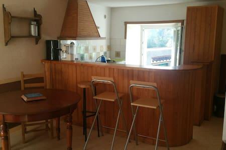 Studio avec 2 chambres - Monthuchon - Haus