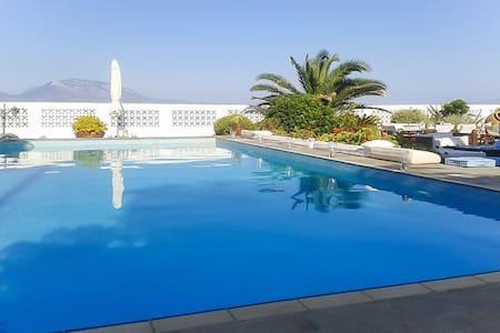 Luxury beach house w/swimming pool - Nerantza - Villa