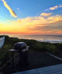 Oceanfront in Newport! Pet friendly - Lincoln County - House