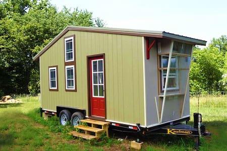 Tiny House, Big Adventure! - Appartement