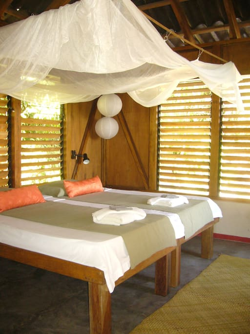 private room in modern guesthouse.2