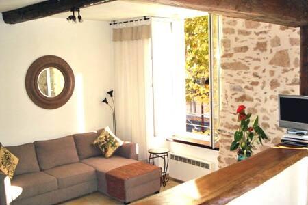 Bright & Spacious studio apartment