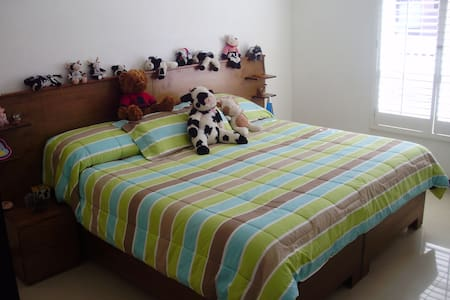 Great Room for two in Chihuahua Mex - Bed & Breakfast