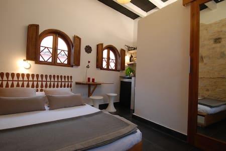 Habitacion con baño y kitchenette - Tarifa - Bed & Breakfast