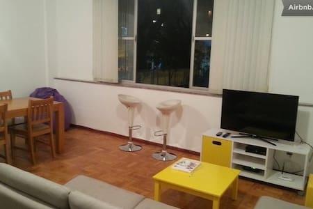 140mts apartment + best location!