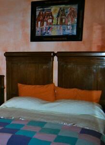 B&B Valmontone - Camera Magnolie - Cave - Bed & Breakfast