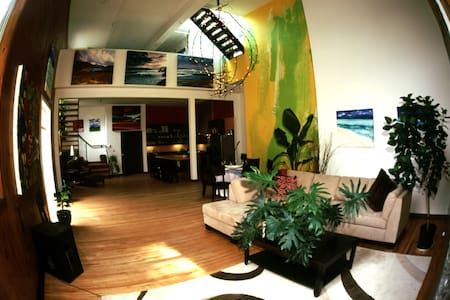 Room type: Entire home/apt Property type: Loft Accommodates: 4 Bedrooms: 2 Bathrooms: 2