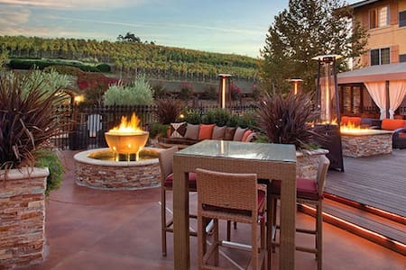 Studio in NAPA at a 4-star timeshare resort - Napa