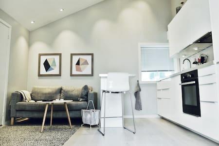 Modern studio downtown Stavanger! - Stavanger - Appartamento