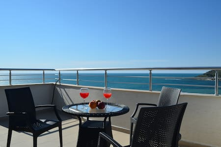 Blue Sea Apartment in Durres - 59