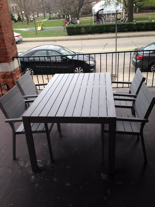 Large table for 4 on the front patio with views of Allegheny Commons Park!