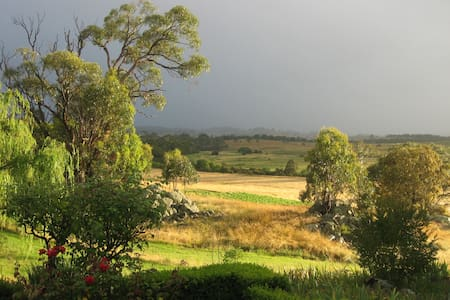 Picturesque Permaculture Property  - Bed & Breakfast