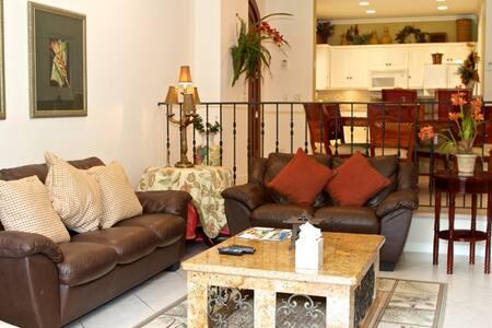 Colina 14C - Herradura - Apartment
