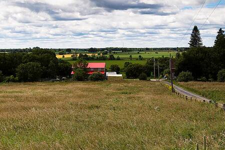 Live on a Hobby Farm - Ottawa