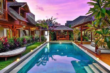 Large Group Villa Seminyak