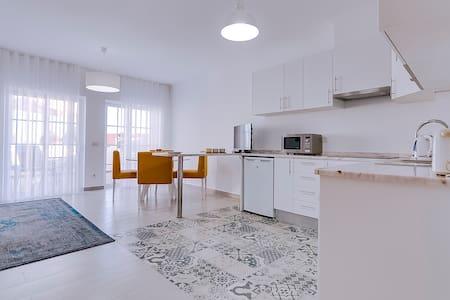 Penthouse Apartment T1 Sol & Ria, Olhão - Pis