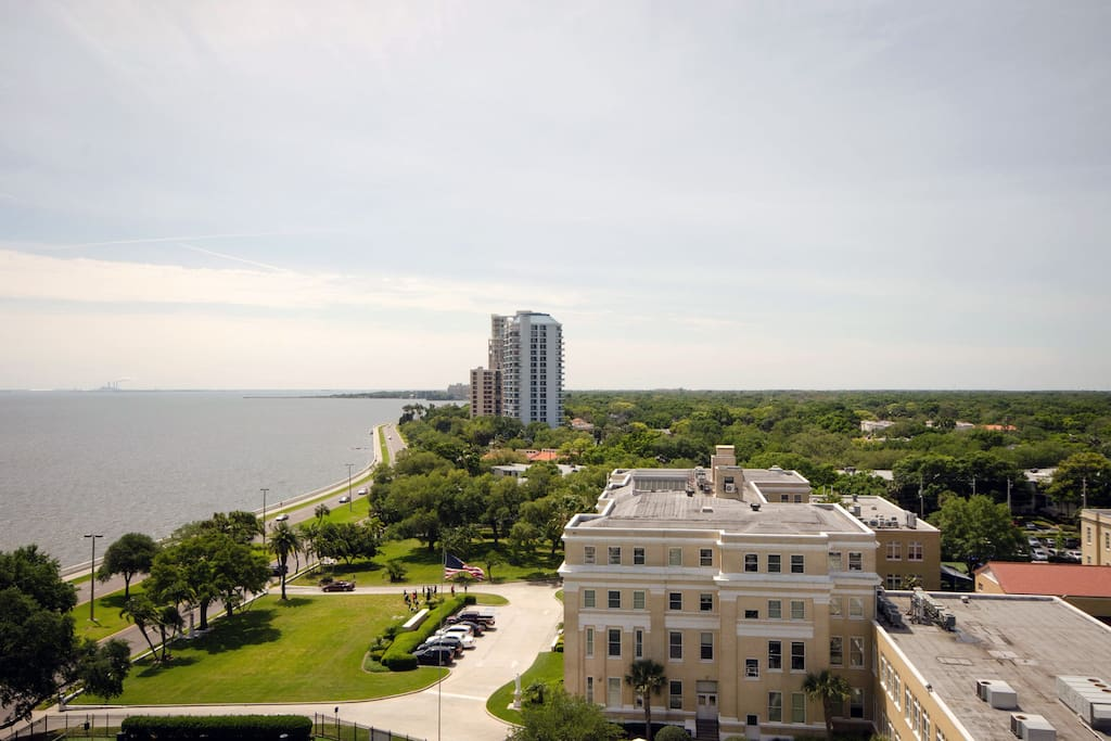 Expansive views from every room - Bayshore Boulevard here.