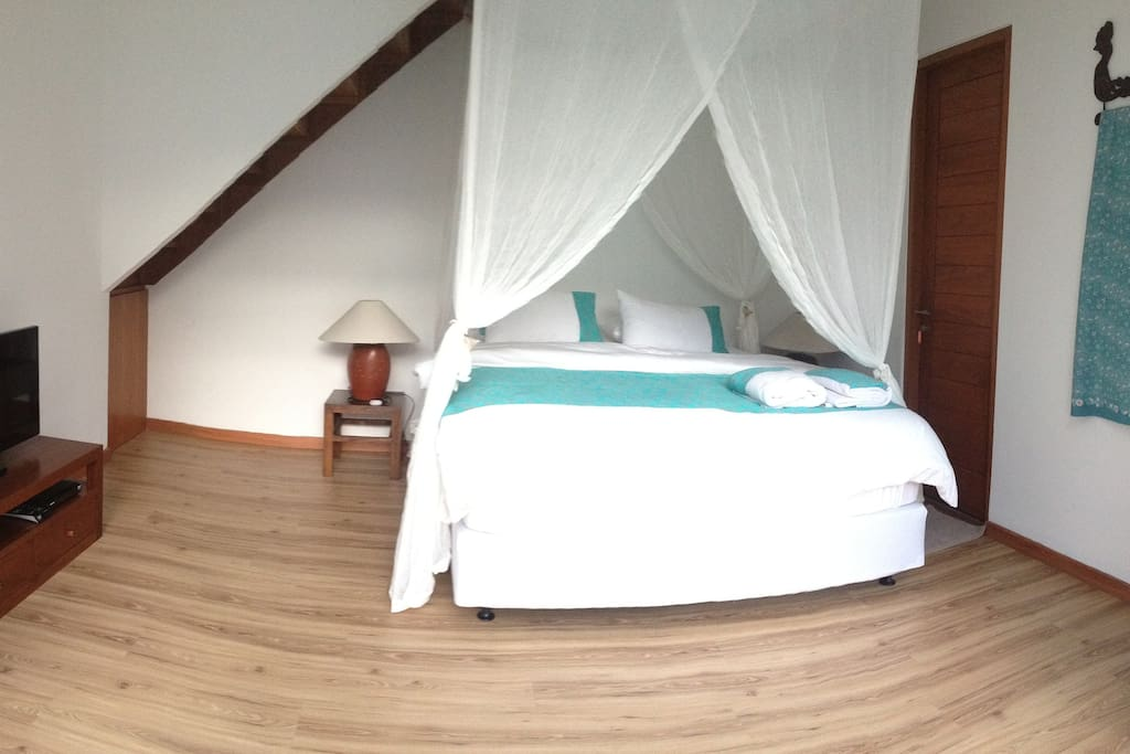 Turqoise Room