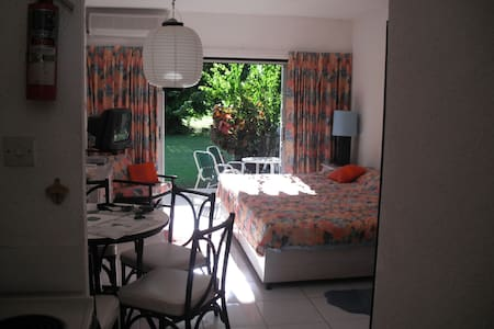 Rockley Golf Resort, Studio Apt, Great Location - Bridgetown - Apartment