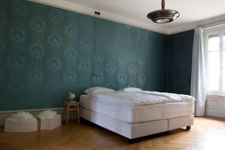 B&B Fleury's, Blaues Zimmer - Berna