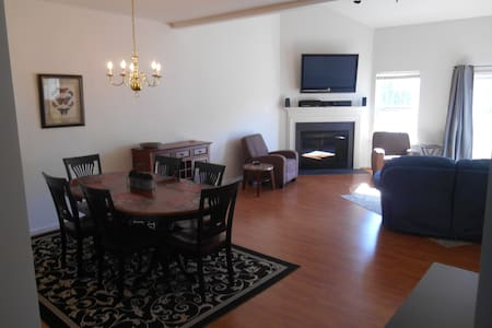 Newly Furnished, Large Beach House! - 劉易斯(Lewes)