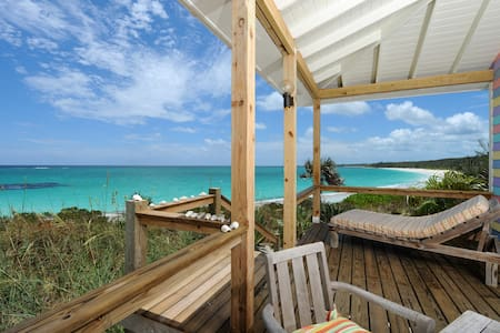 ROMANTIC PINKSAND BEACHFRONT HOUSE ELEUTHERA ISLAN - Governor's Harbour
