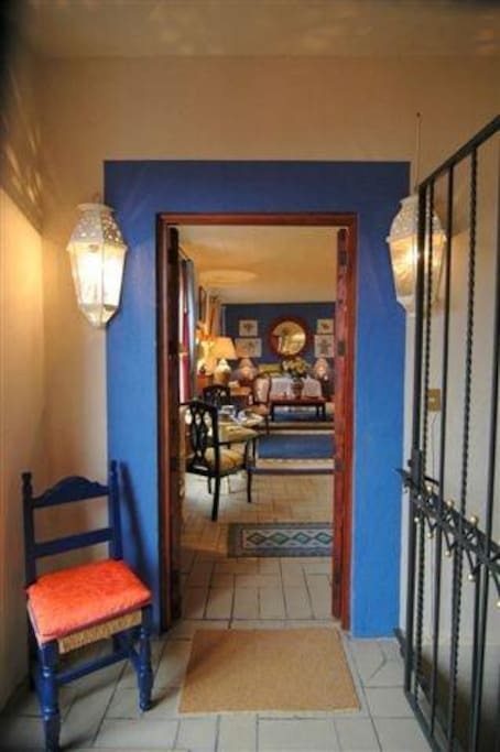 Entrance to colorful, cmfortable, centrally-located apartment. Photo by Robert de Gast.