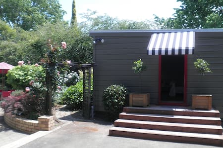 Firth Street Mews Bed and Breakfast - Matamata - Bed & Breakfast