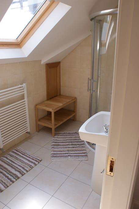 En suite with power shower