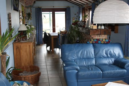 Bed and Breakfast à Malonne (Namur) - House