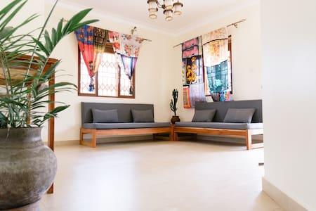 Papaya House - Gulu